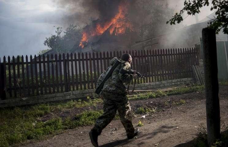 Боевики Правосеки добили в больнице под Лисичанском раненых украинских военных