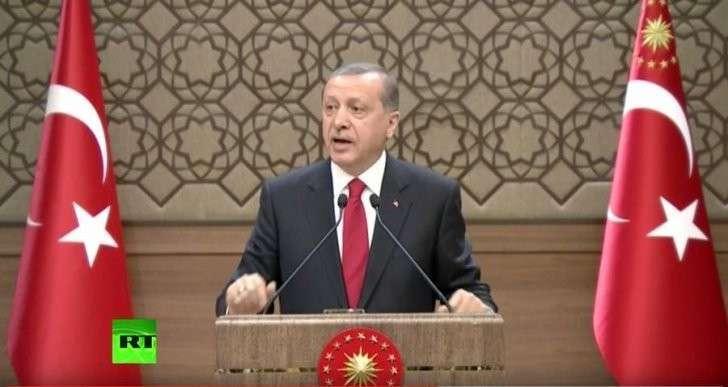 В Турции проходят внеочередные парламентские выборы