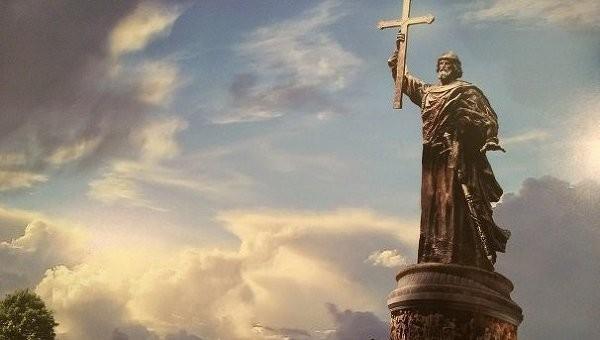 Кровавому палачу русского народа - иудею Владимиру - поставят памятник в Москве