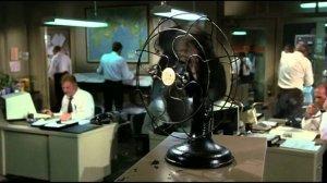 Пора запретить агентуре пиндосов набрасывать дерьмо на вентилятор