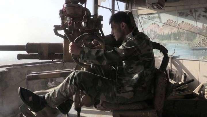 Сирийские войска отбили у боевиков ИГ крупную автодорогу