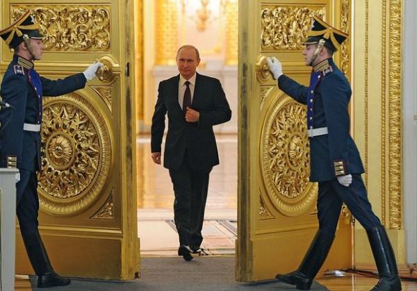 Россия вышла из фарватера американской политики и вместе с другими странами создаёт антиамериканскую коалицию