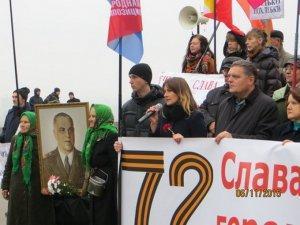 Горстка смельчаков вышла на антибандеровский марш в Киеве
