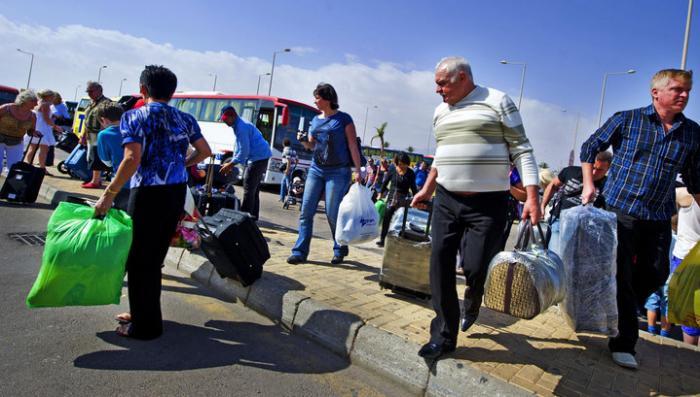 За сутки из Египта вывезли около 11 тысяч туристов
