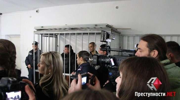 В Николаеве Хунта приговорила к 8 годам тюрьмы двоих сторонников ДНР