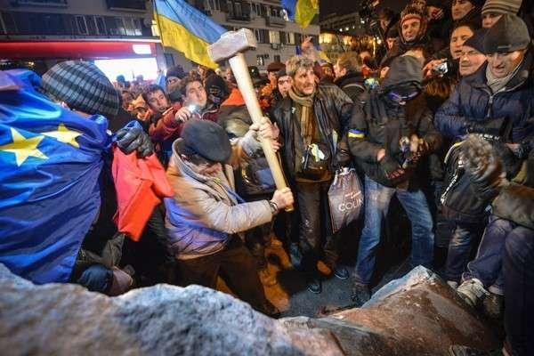 Чем маршал Жуков Киеву не угодил
