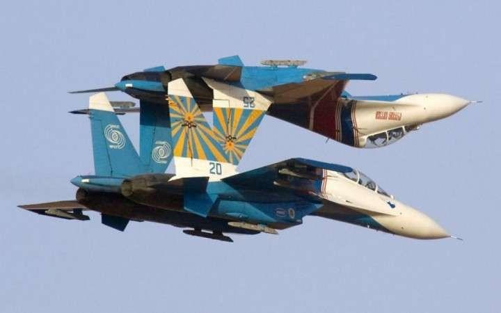 Военные летчики провели показательные выступления на «Авиадартс»