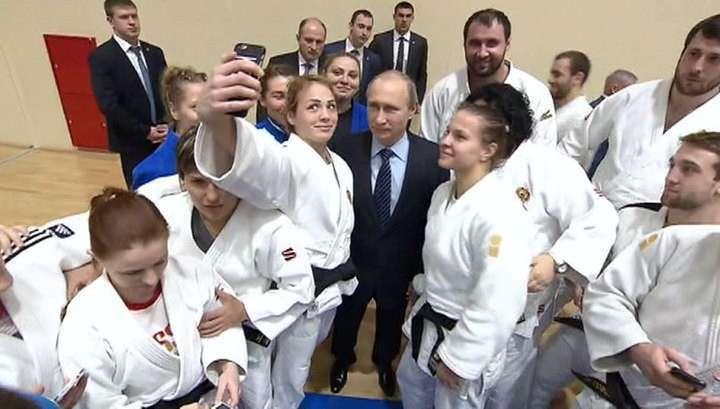 Владимир Путин потребовал защитить спортсменов от допинга