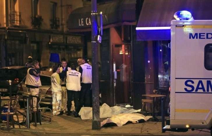 Владимир Путин глубоко соболезнует в связи с «серией чудовищных терактов в Париже»