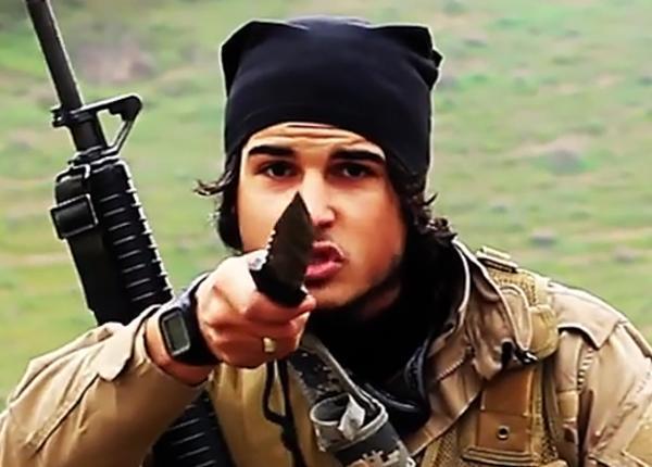 Боевики ИГИЛ предупредили парижан о готовящихся терактах год назад