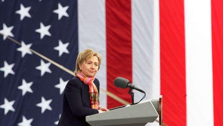 У старушки Клинтон появились проблемы с Россией