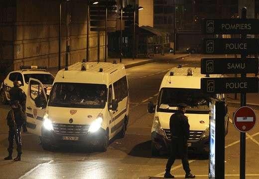 Перестрелка в Париже. 20 человек взяты в заложники - СМИ