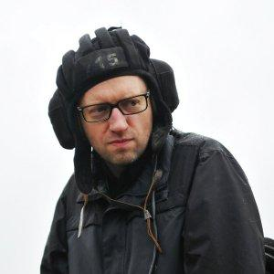 Дебил Яценюк уверен, что Россия стимулирует глобальный терроризм