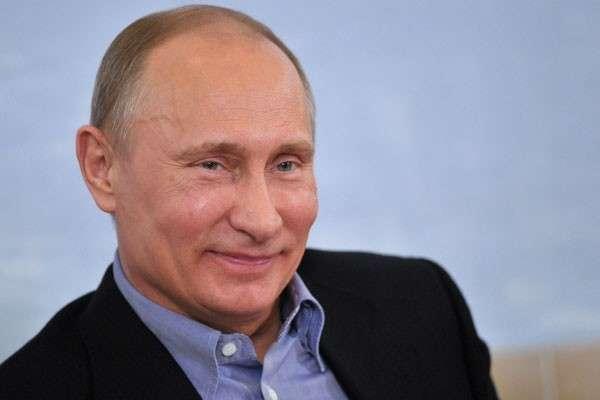 «Путина — в Париж! Олланда — в Сибирь!»