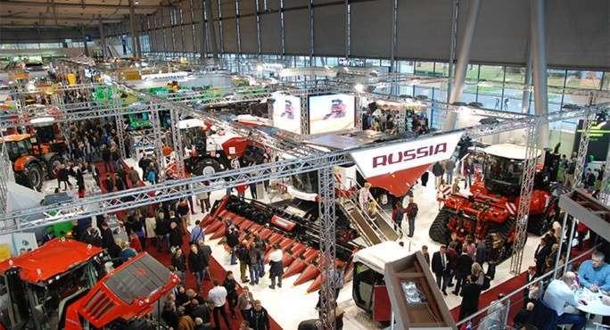 Российскую сельхозтехнику высоко оценили на выставке в Ганновере