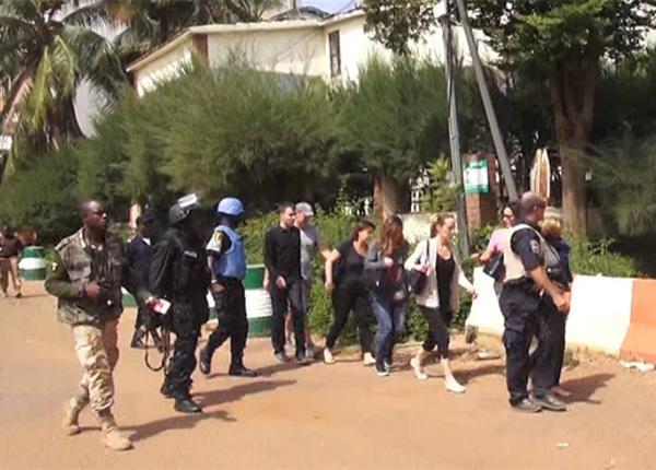 Все заложники из отеля в Мали освобождены