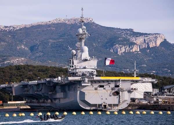 Состав французской авианосной группы для борьбы с ИГ