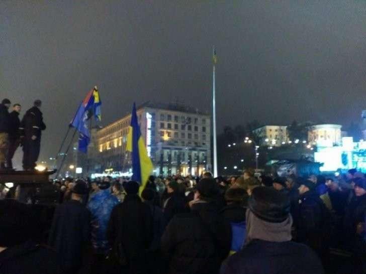 На Майдане новые вожди призывают к свержению Порошенко и Яценюка