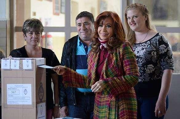 Кристине Киршнер помогли уйти с поста Президента Аргентины