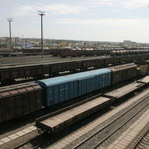 Киевская Хунта приостановила грузовое сообщение с Крымом