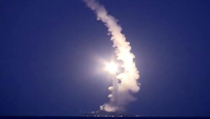 Владимир Путин пояснил, что Россия использует небо над Каспием для борьбы с ИГ