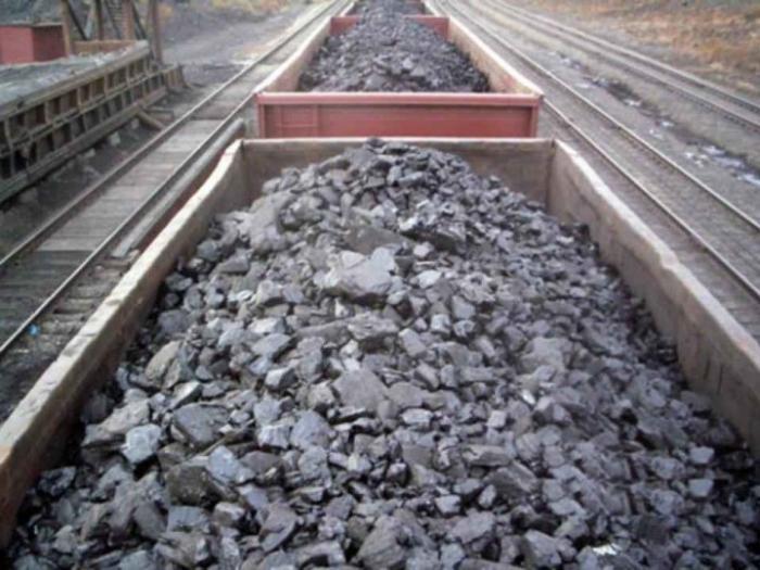 Александр Новак предложил прекратить поставки угля на Украину