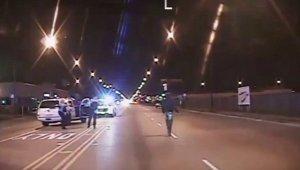 Протест вспыхнул в Чикаго после видео убийства афроамериканца полицией