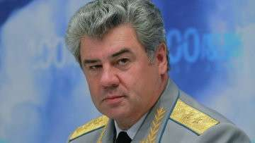 Главнокомандующий Военно-воздушными силами России Виктор Бондарев. Архивное фото