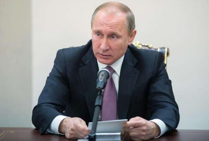 Путин присвоил звание Героя Российской Федерации  погибшему вСирии пилоту Су