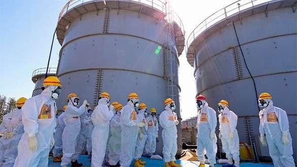 Треснула защитная стена «Фукусимы-1». Тупые японцы удивляются
