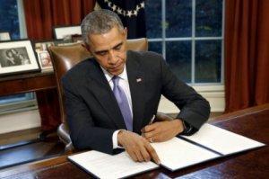 Миротворец Обама подписал закон о выделении Киеву 300 млн. долларов на войну в Донбассе