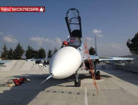 Истребители Су-30СМ готовятся к боевому вылету в Сирии