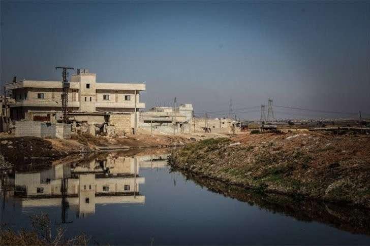 Американские бандиты разбомбили водопровод и станции очистки воды в Алеппо