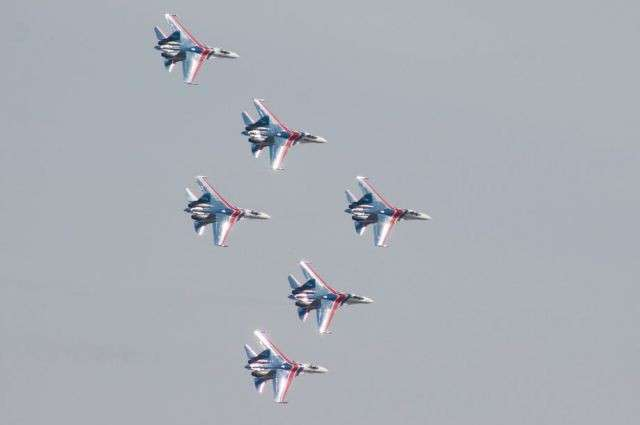«Русские Витязи» покажут в Севастополе высший пилотаж
