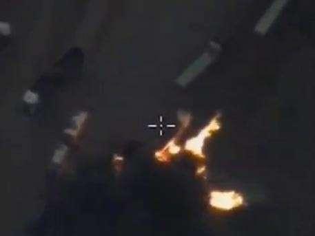 Военные показали, как десятки бензовозов ИГИЛ исчезают в огне