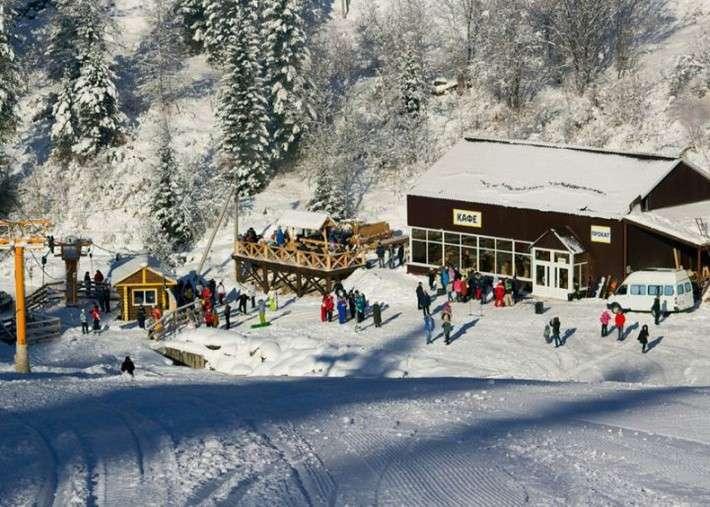 Новый горнолыжный комплекс открылся на Телецком озере в Республике Алтай