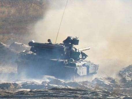 Армия ДНР поднята по тревоге: под Донецком и Луганском идут тяжёлые бои