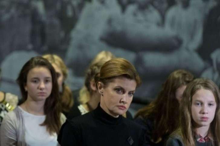 Марина Порошенко кошмарит детей: склеп, гробы, голодомор