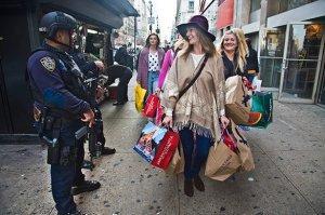 Чтобы победить терроризм, Штатам придётся перестать быть «обществом потребления»