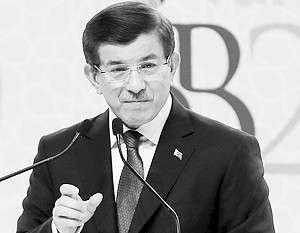Ахмет Давутоглу рассказал, что Турция задумалась о введении санкций в отношении России