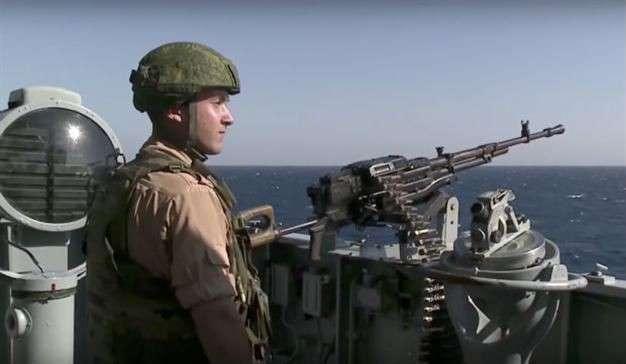 Турецкие СМИ считают, что российские войска окружают Турцию