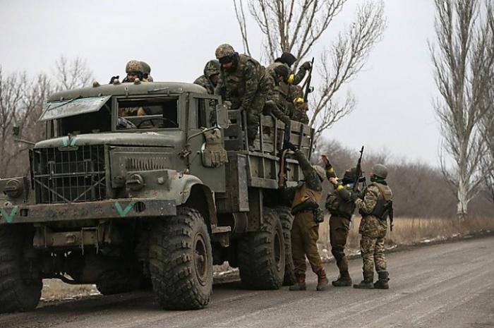 Обстановка в Донбассе постепенно выходит из-под контроля