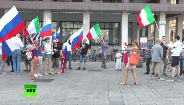 Италия не позволила автоматически продлить санкции против России