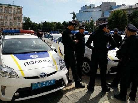 Психически неуравновешенные каратели Хунты устраивают беспорядки в Киеве