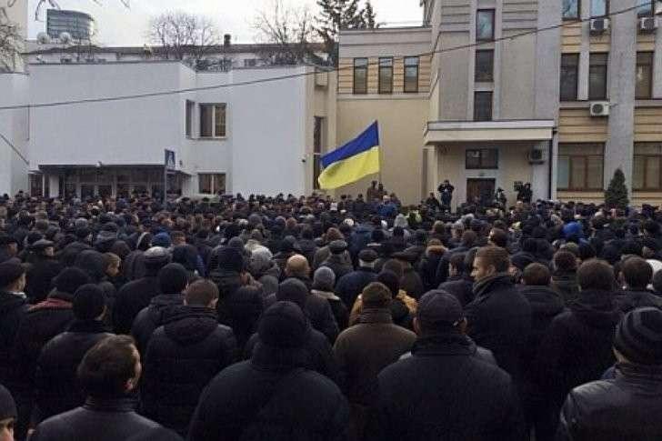 Украина под еврейским гнётом: 5000 милиционеров вышли на пикет против беспредела МВД
