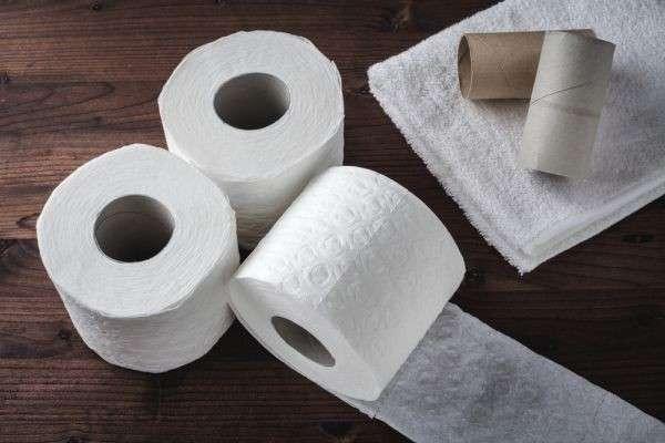 В случае военной угрозы жителей Латвии снабдят туалетной бумагой