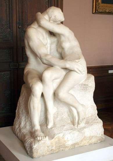 Поцелуй — мраморная скульптура, созданная Огюстом Роденом