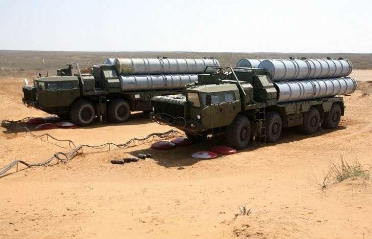 Индия закупит у России 5 зенитно-ракетных комплексов С-400 на 6 млрд. долларов