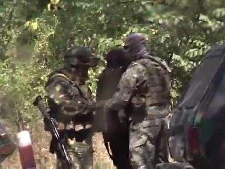 Торгаши неисправимы: минобороны Хунты продаёт американское оружие ополченцам ДНР