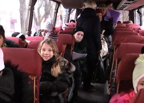 Группа детей из Донбасса побывает на Кремлёвской ёлке в Москве